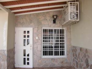 Casa En Venta En Guacara - Ciudad Alianza Código FLEX: 20-10376 No.1