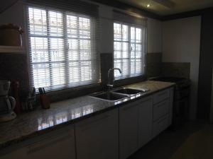Casa En Venta En Guacara - Ciudad Alianza Código FLEX: 20-10376 No.7