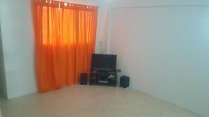 Apartamento En Venta En Caracas - Parroquia La Candelaria Código FLEX: 20-9276 No.5