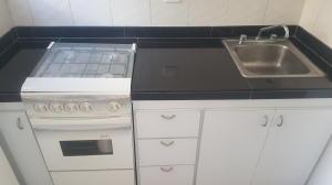 Apartamento En Venta En Caracas - Parroquia La Candelaria Código FLEX: 20-9276 No.6