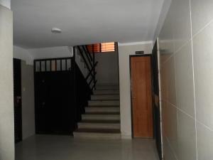 Apartamento En Venta En Caracas - Parque Caiza Código FLEX: 20-11407 No.8