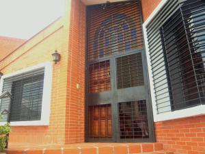 Casa En Venta En Valencia - Altos de Guataparo Código FLEX: 20-11403 No.2