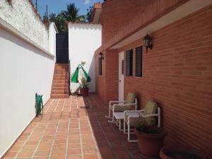 Casa En Venta En Valencia - Altos de Guataparo Código FLEX: 20-11403 No.4
