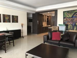 Apartamento En Venta En Valencia - Valles de Camoruco Código FLEX: 20-11627 No.2