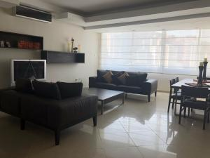Apartamento En Venta En Valencia - Valles de Camoruco Código FLEX: 20-11627 No.3