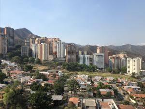 Apartamento En Venta En Valencia - Valles de Camoruco Código FLEX: 20-11627 No.16