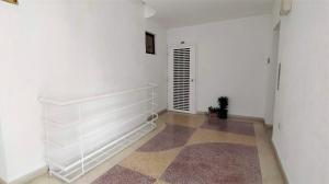 Apartamento En Venta En Valencia - La Trigaleña Código FLEX: 20-11674 No.13