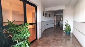 Apartamento En Venta En Valencia - La Trigaleña Código FLEX: 20-11674 No.16