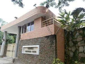 Apartamento En Venta En Valencia - Valles de Camoruco Código FLEX: 20-11627 No.0