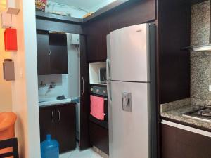Apartamento En Venta En Valencia - La Trigaleña Código FLEX: 20-11849 No.4