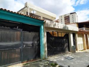 Casa En Venta En Valencia - Sabana Larga Código FLEX: 20-11929 No.0