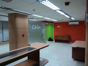 Local Comercial En Alquiler En Caracas - Santa Monica Código FLEX: 20-11956 No.12