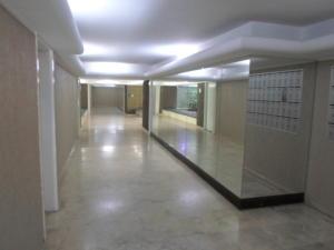Apartamento En Venta En Caracas - Santa Fe Norte Código FLEX: 20-11960 No.3