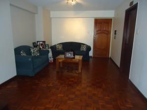 Apartamento En Venta En Valencia - Las Chimeneas Código FLEX: 20-12019 No.1