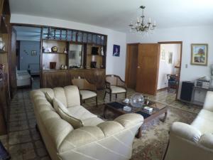 Casa En Venta En Caracas - Macaracuay Código FLEX: 20-12052 No.1
