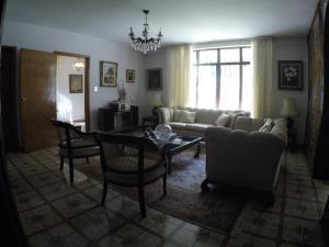 Casa En Venta En Caracas - Macaracuay Código FLEX: 20-12052 No.2