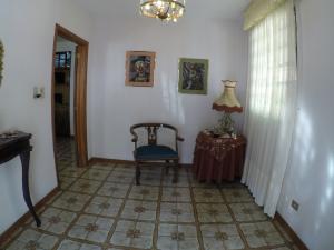 Casa En Venta En Caracas - Macaracuay Código FLEX: 20-12052 No.12