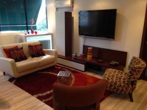 Apartamento En Alquiler En Caracas - Colinas de Bello Monte Código FLEX: 20-12087 No.6