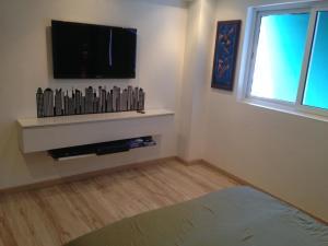 Apartamento En Alquiler En Caracas - Colinas de Bello Monte Código FLEX: 20-12087 No.12