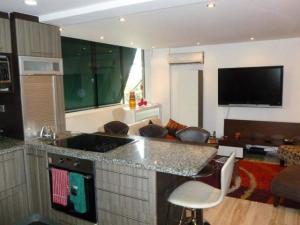 Apartamento En Alquiler En Caracas - Colinas de Bello Monte Código FLEX: 20-12087 No.10