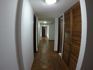 Casa En Venta En Caracas - Oripoto Código FLEX: 20-12057 No.9