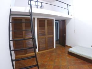 Casa En Venta En Caracas - Oripoto Código FLEX: 20-12057 No.10