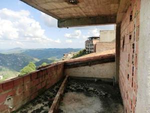 Terreno En Venta En Caracas - Oripoto Código FLEX: 20-12061 No.12