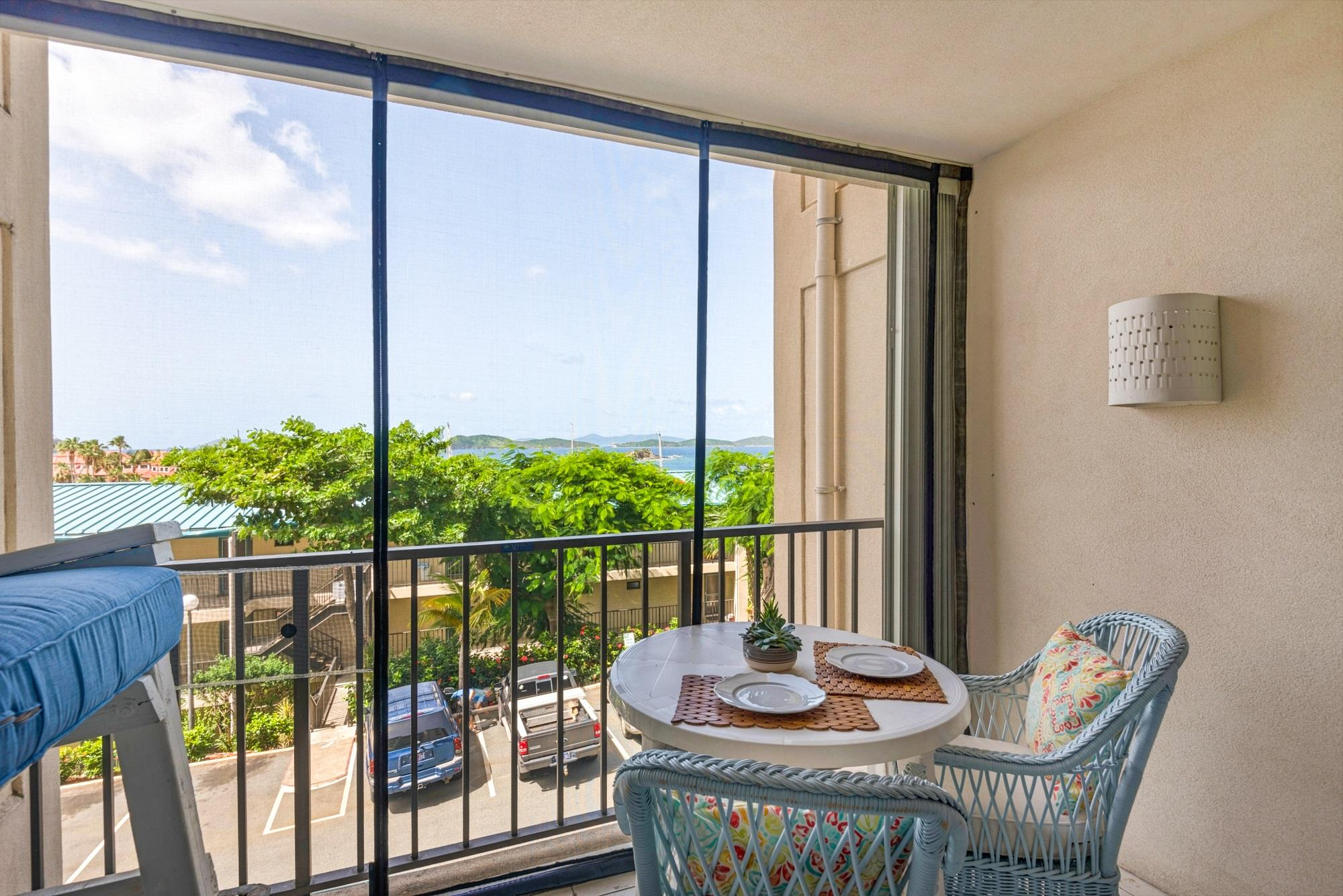 Additional photo for property listing at Sapphire Hill Village 192 Smith Bay EE Sapphire Hill Village 192 Smith Bay EE St Thomas, Virgin Islands 00802 United States Virgin Islands