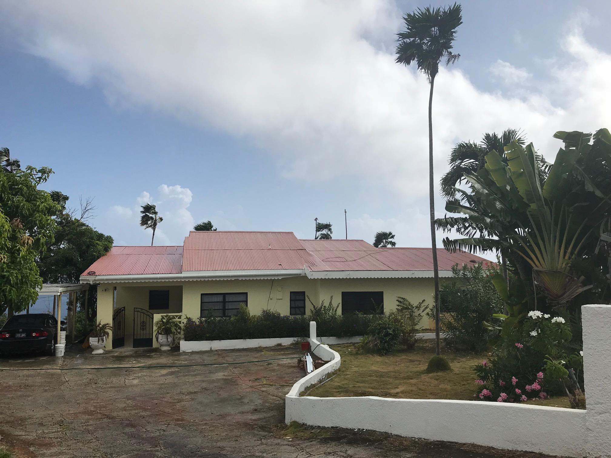 Maison avec plusieurs logements pour l à louer à 2E-17 Caret Bay LNS 2E-17 Caret Bay LNS St Thomas, Virgin Islands 00802 Isles Vierges Américaines