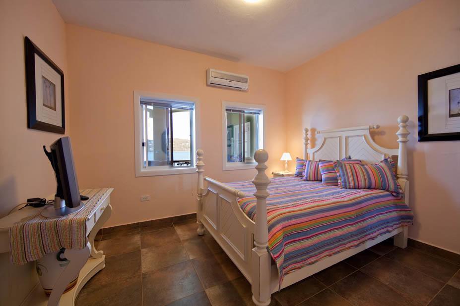 Maison avec plusieurs logements pour l à louer à 2K-1 Bld A Lerkenlund GNS 2K-1 Bld A Lerkenlund GNS St Thomas, Virgin Islands 00802 Isles Vierges Américaines