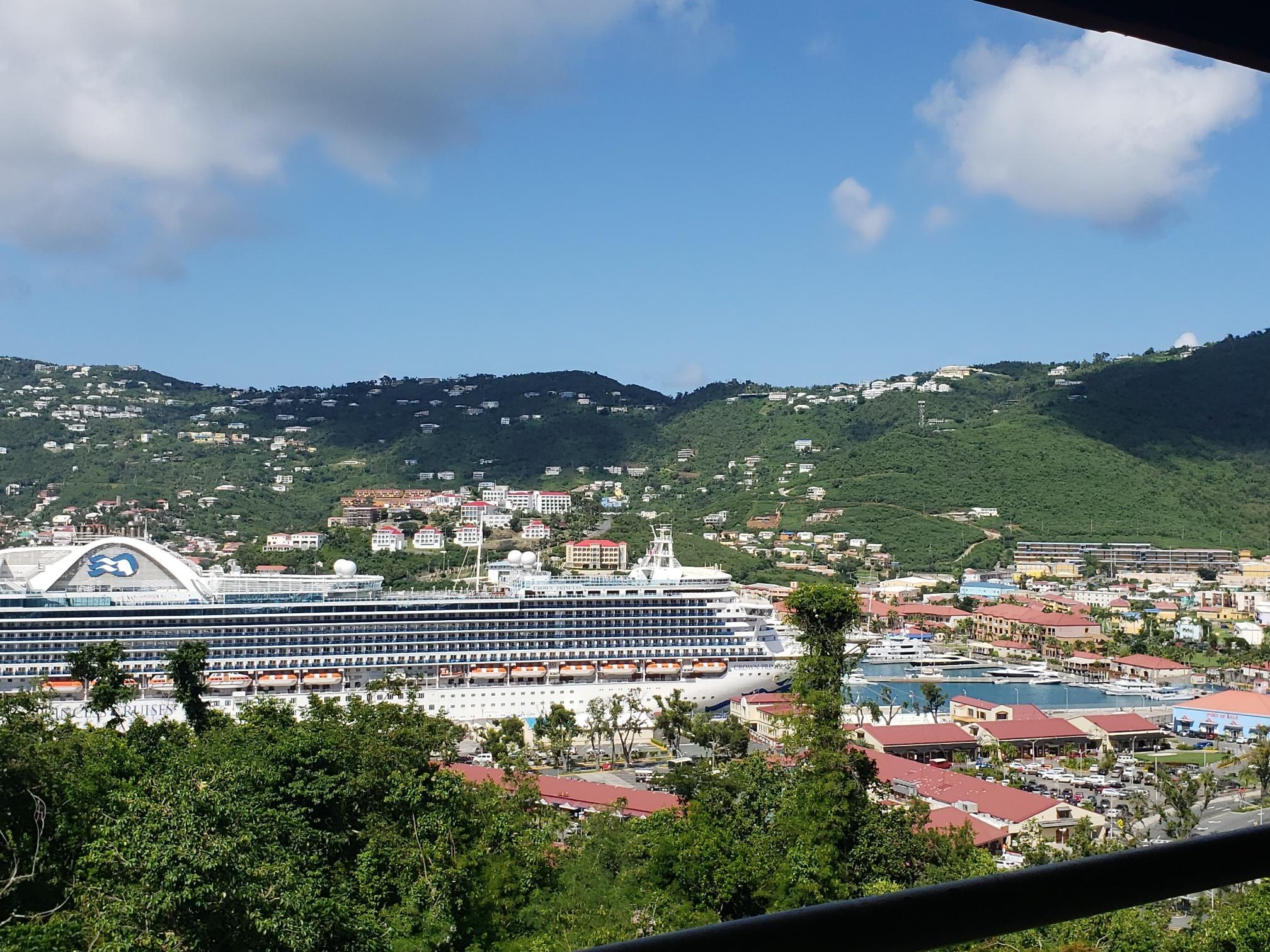 Casa Multifamiliar por un Alquiler en 5A Havensite FB 5A Havensite FB St Thomas, Virgin Islands 00802 Islas Virgenes Ee.Uu.