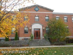 93 Maple St, Glens Falls Main Photo