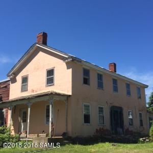 15 Greenfield Ln, Hampton Main Photo