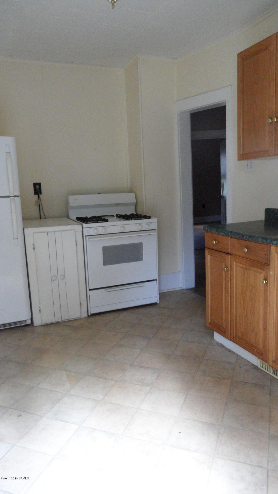 9-11-13 Woodlawn Avenue, Glens Falls NY 12801 photo 20