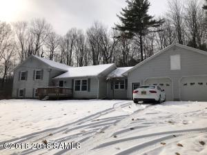 173 Taylor Woods Rd, Fort Ann Main Photo