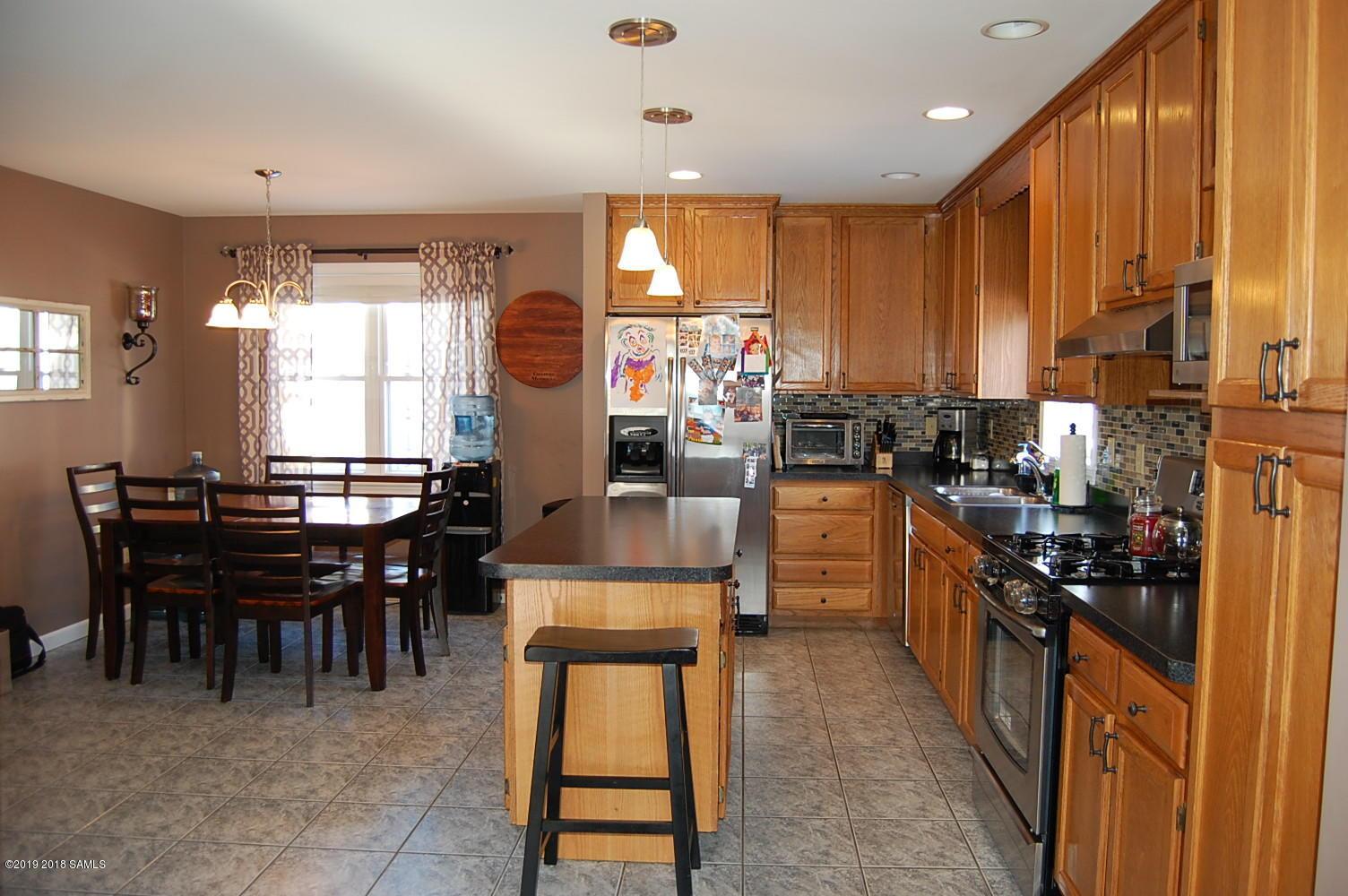 36 Thomas Street, Glens Falls NY 12801 photo 8