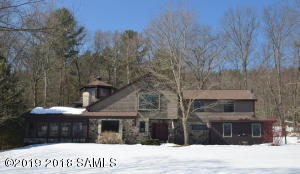 27 Carriage Hill Rd, Lake George Main Photo
