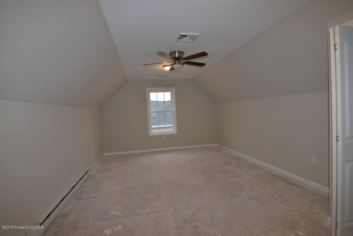 4th Bedroom or Playroom