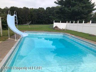 Pool/Yard