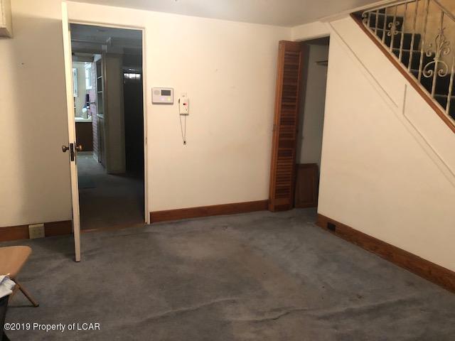 LL level living room
