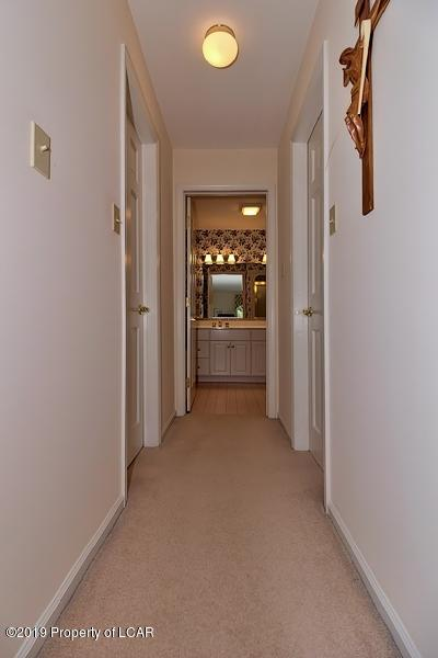 2nd Floor Hall