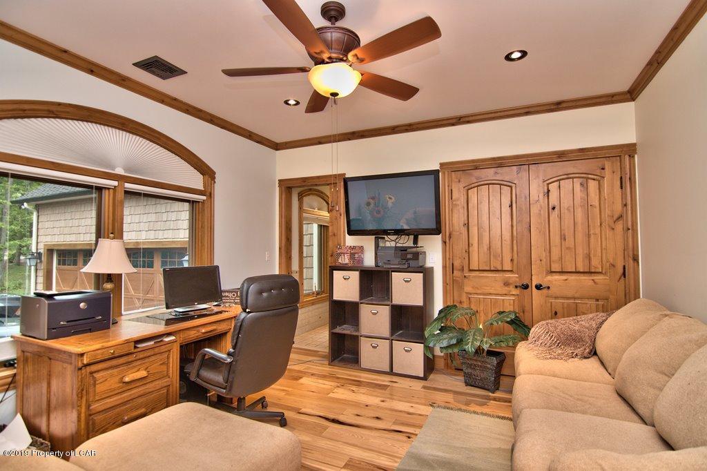 1st Floor Bedroom-Study