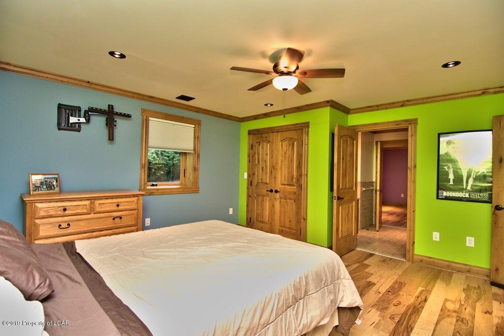 LL Bedroom 5