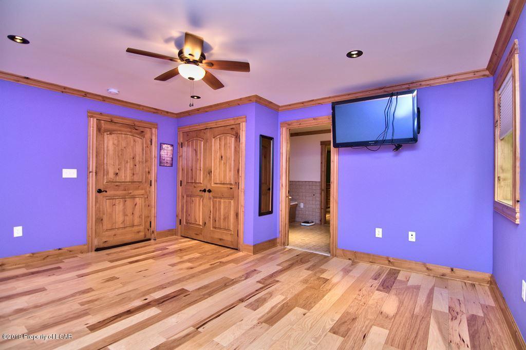 LL Bedroom 6