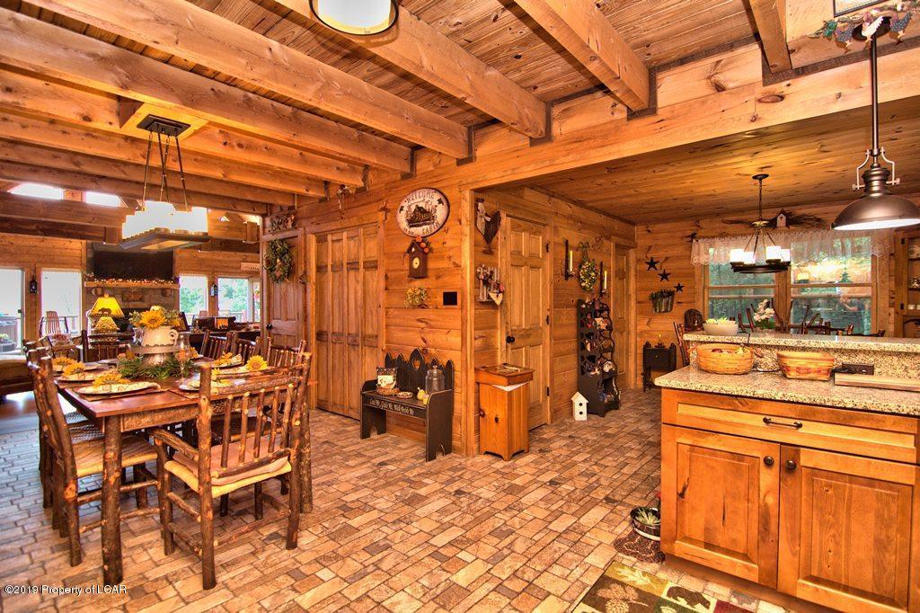 Dining/Kitchen/Breakfast