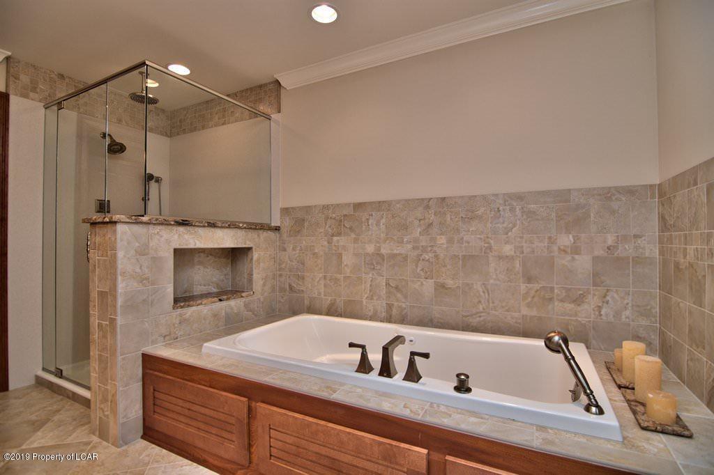 q1 2nd Floor Master Bath