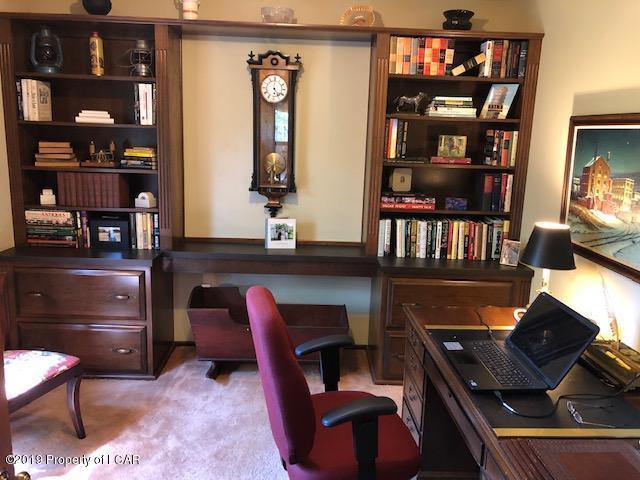 43 Kenilworth  Den-Office