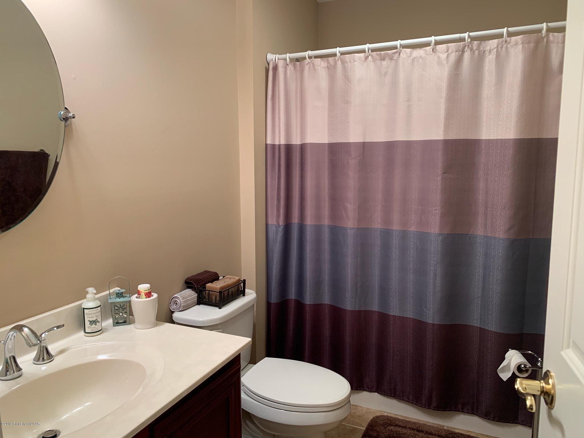Full Bath 3