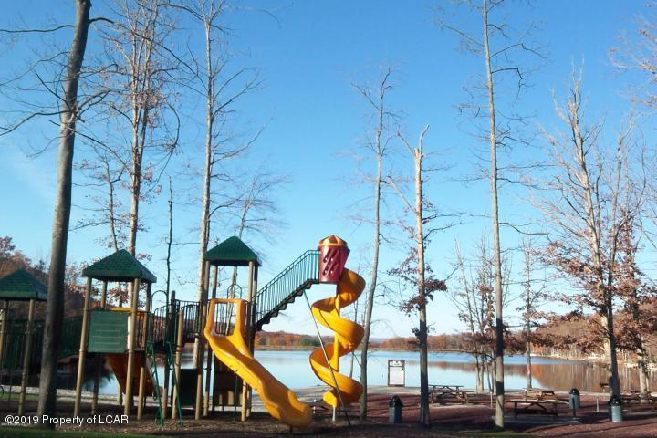 20 Playground at Lake