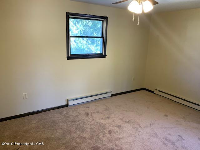 315 Eugene Bedroom2